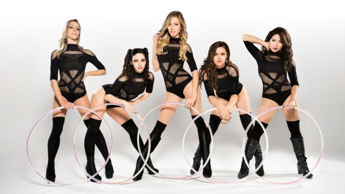 Hula Hoop dancers
