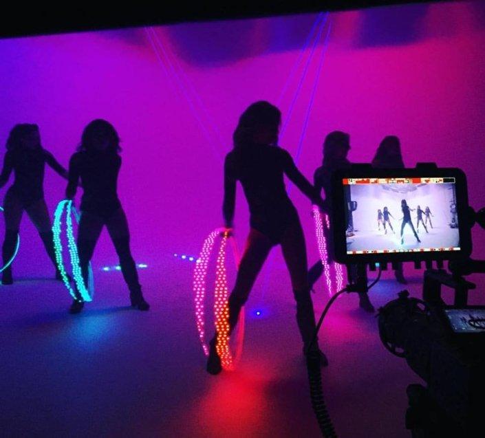 LED Hula Hoop dancers