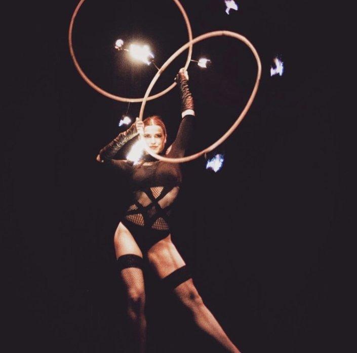 Miss Hoop Universe Hula Hoop act